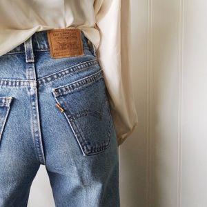 Vintage Levi's 550 MOM Jeans 32X32. Orange tab!!!